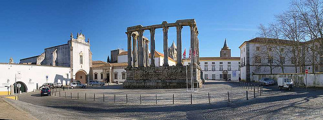 Get married in Evora