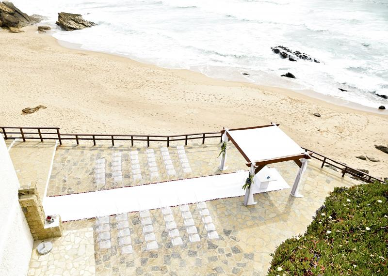 Oceanfront wedding venue Portugal, beach ceremony Portugal, arriba by the sea