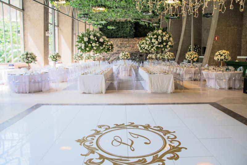 Hire a  white Dance floor in Portugal